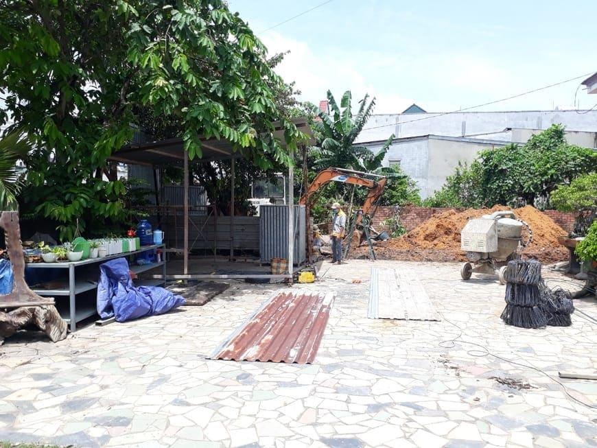 Chuẩn bị mặt bằng xây dựng ngôi Biệt thự anh Tâm