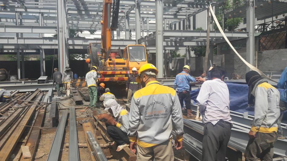 Thi công nhà cao tầng kết cấu thép hình - Ảnh công trường 10