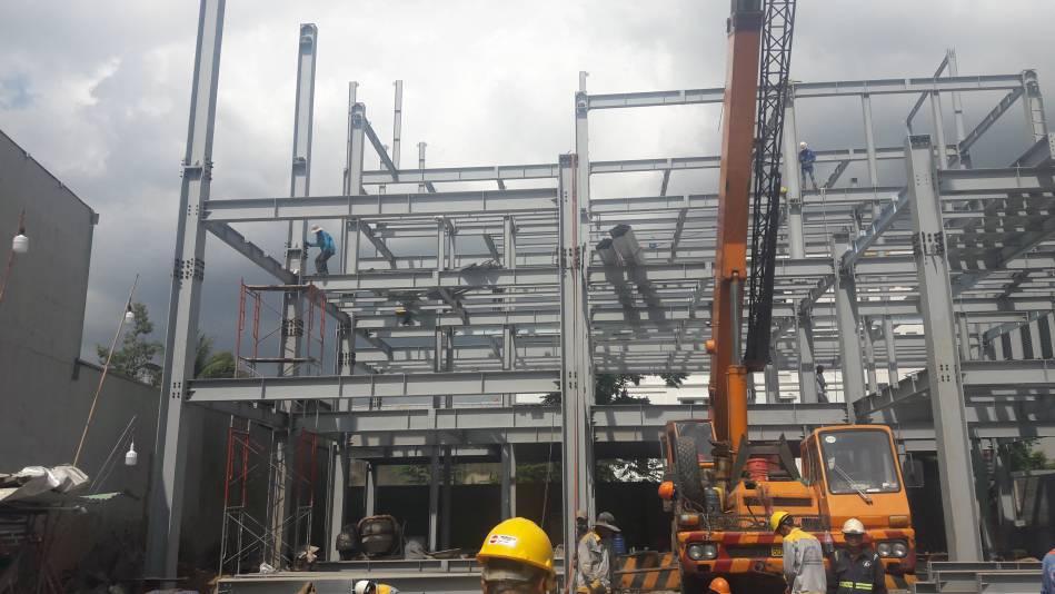 Thi công nhà cao tầng kết cấu thép hình - Ảnh công trường 12