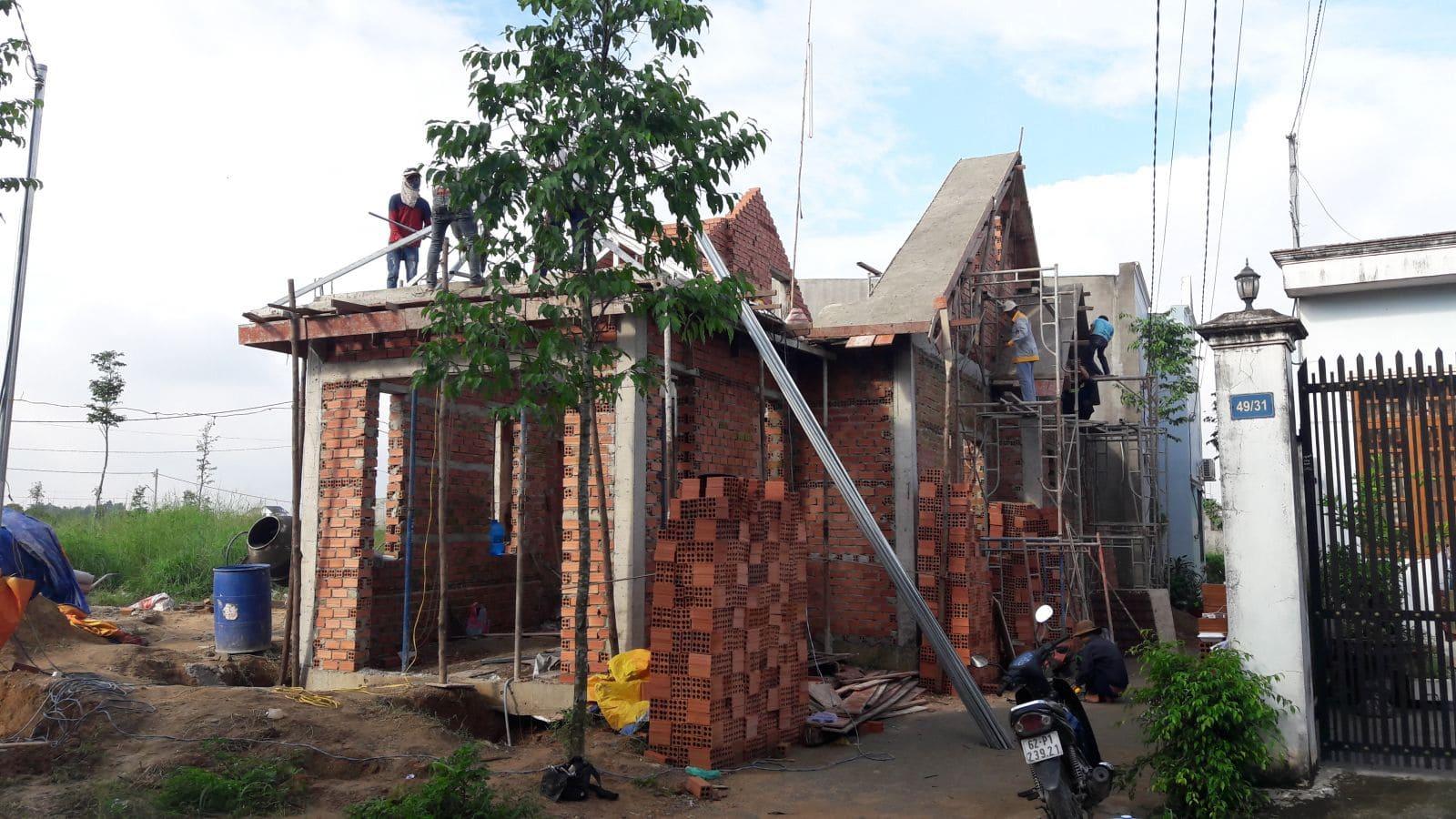 Thi công nhà cấp 4 mái thái cô Minh tại Biên Hòa - Ảnh thi công 3
