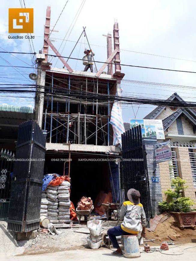 Thi công đổ bê tông dầm, đà, kiềng các tầng - Ảnh 4