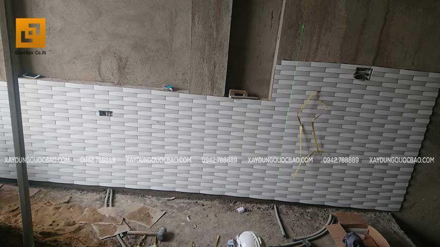 Thi công ốp lát tường và nền nhà phố