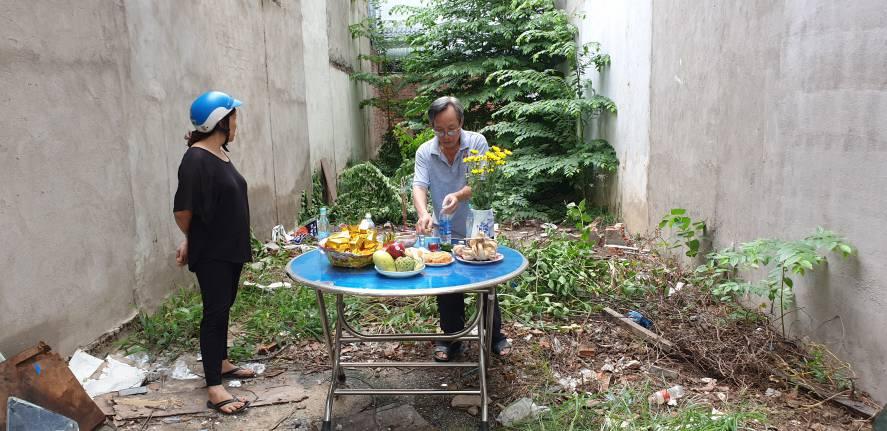 Gia chủ làm lễ động thổ khởi công xây dựng công trình nhà phố hiện đại tại Tp. Biên Hòa