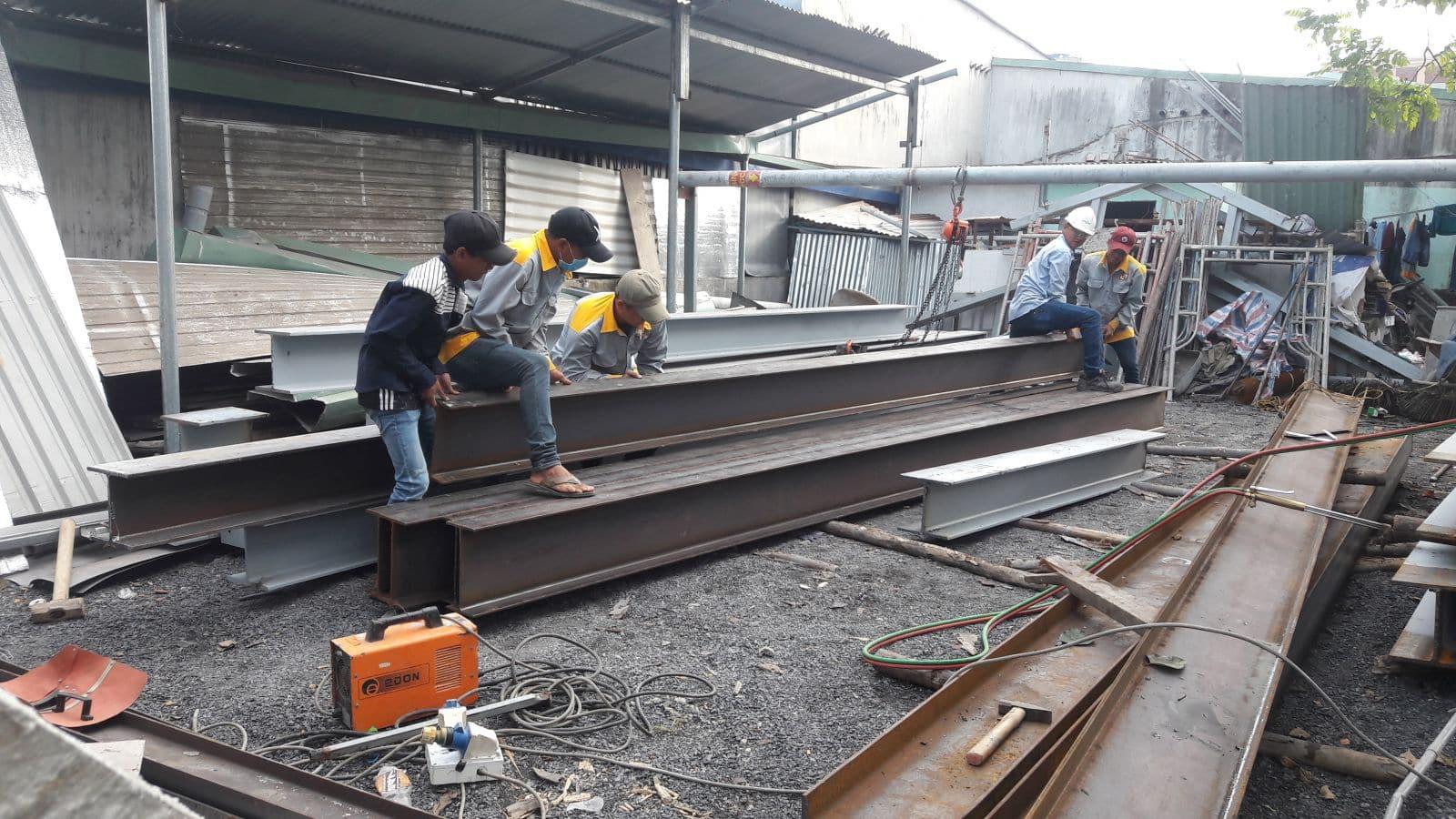 Thi công nhà phố kết cấu thép gia đình chị Quỳnh Chi tại Hố Nai - Biên Hòa - Đồng Nai - Ảnh công trường 6