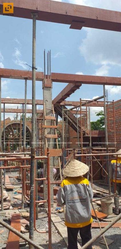 Lắp đặt coppha dầm tầng trệt căn biệt thự