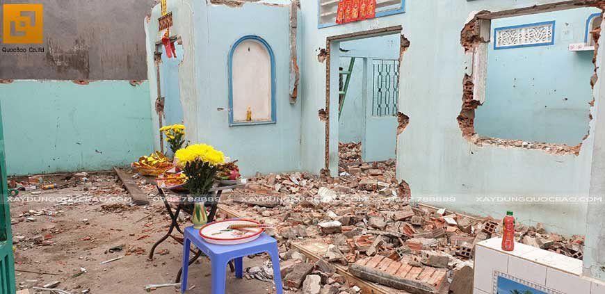 Gia chủ làm lễ động thổ khởi công xây dựng nhà phố