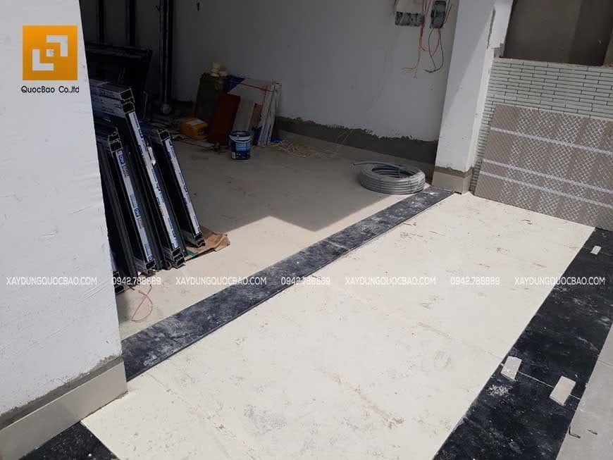 Thi công gạch lát nền, lót đá hoa cương mặt tiền nhà