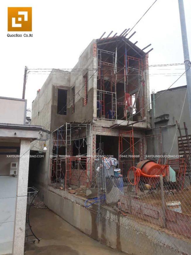 Hình ảnh ngôi nhà 2 tầng dần thành hình