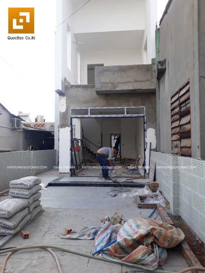 Thi công bộ trét tường (bột bả matit) để xử lý bề mặt và tạo độ nhẵn mịn