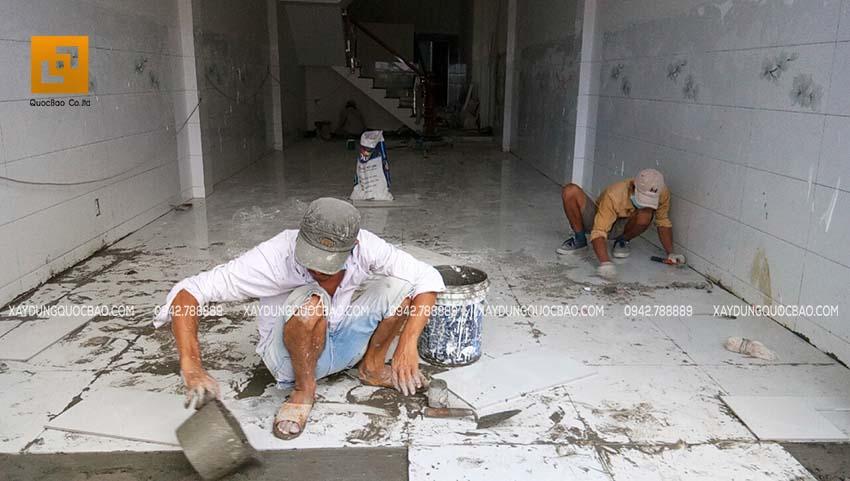 Thi công phần hoàn thiện nhà phố 4 tầng - Ảnh 6
