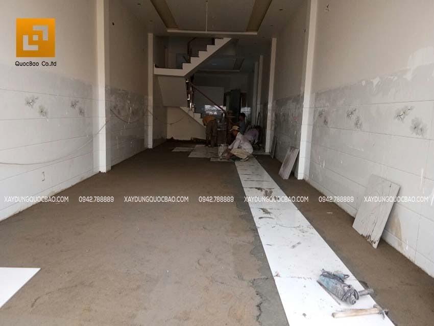 Thi công phần hoàn thiện nhà phố 4 tầng - Ảnh 5