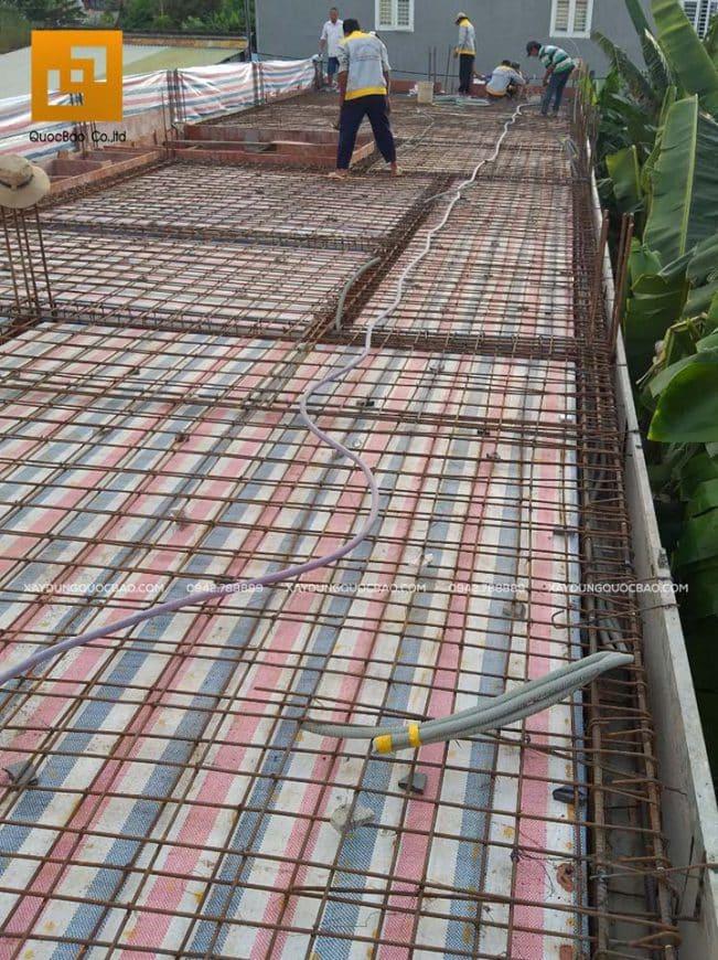 Lắp đặt cốt thép sàn, đan sắt sàn 2 lớp