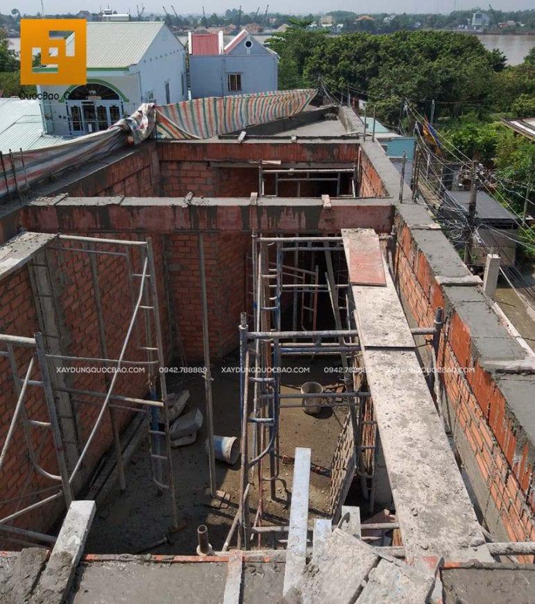 Công tác đổ bê tông dầm mái nhà