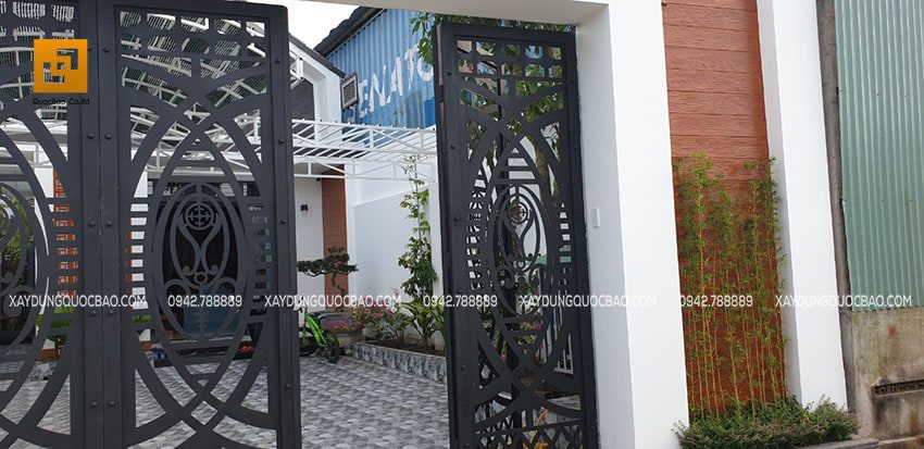 Cổng nhà bằng sắt CNC được thiết kế và gia công rất đẹp