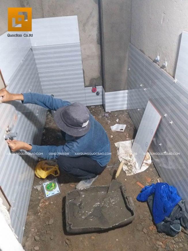 Ốp gạch trang trí phòng vệ sinh, phòng tắm