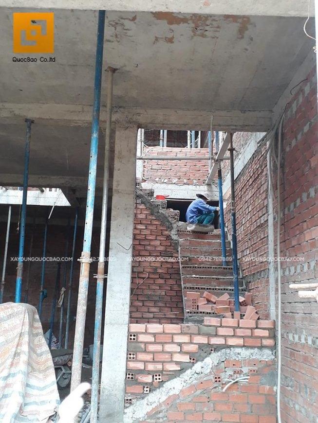 Xây tường, vách ngăn giữa các phòng
