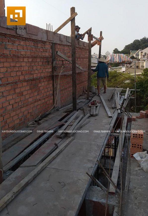 Thi công phần thân của mái
