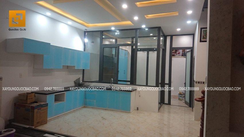 Dọn dẹp vệ sinh khu vực nhà bếp, chuẩn bị bào giao cho khách hàng