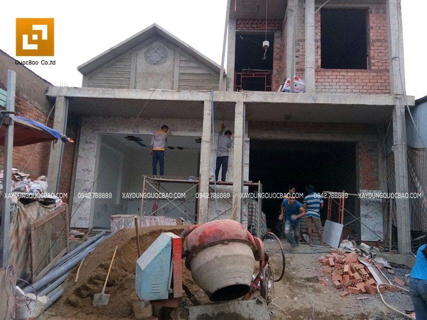 Ốp đá vách tường mặt tiền nhà