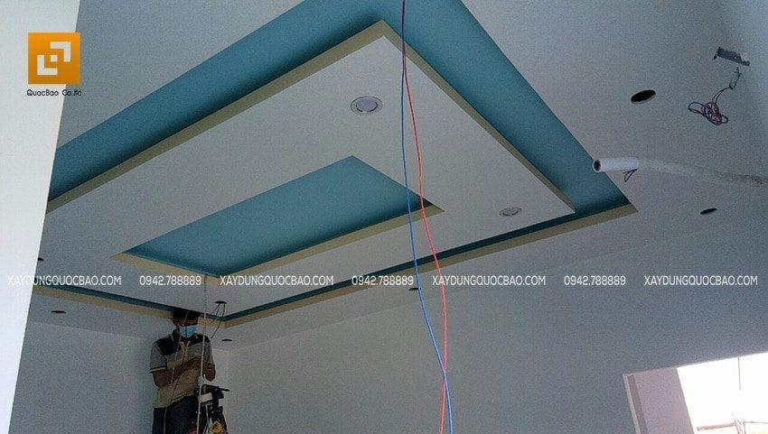 Thi công đèn trang trí trần thạch cao nhà phố