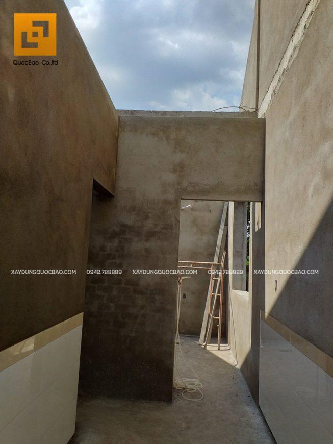Các bức tường giờ đã vuông vức