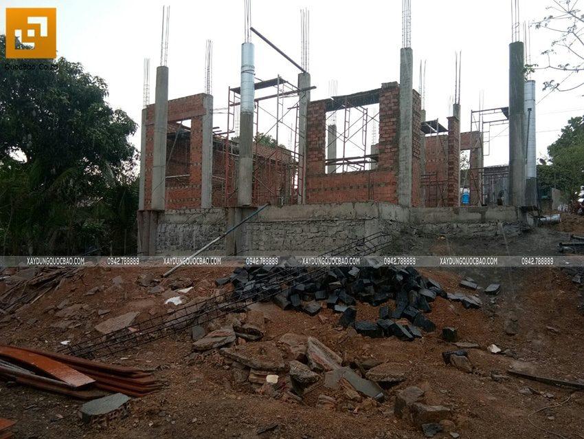 Xây tường bao quanh tầng trệt - Ảnh 1