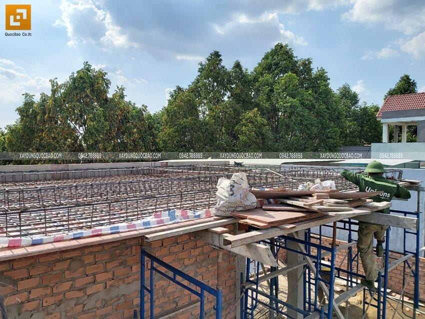 Cốt thép được đan thành 2 lớp để tăng độ cứng cáp cho công trình