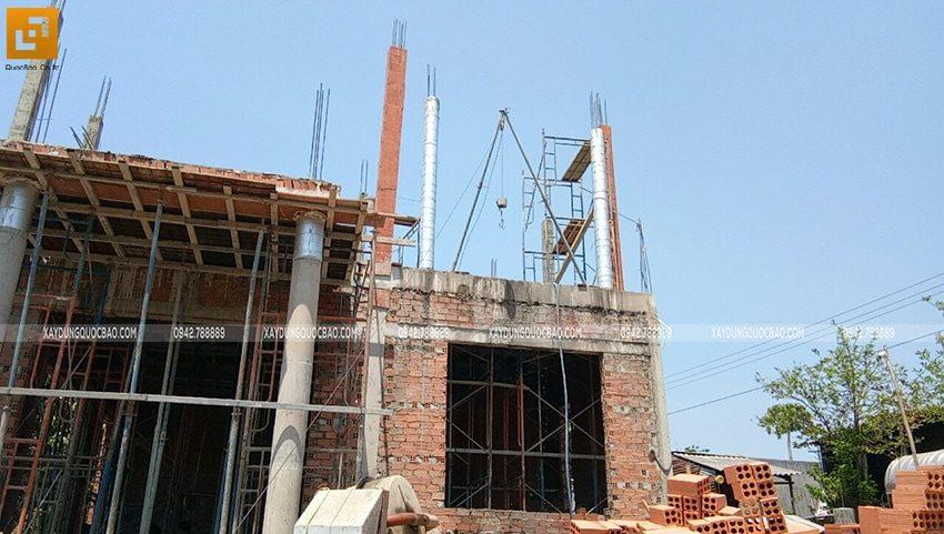 Công tác lắp dựng cốp pha trụ cột lầu 1 - Ảnh 3