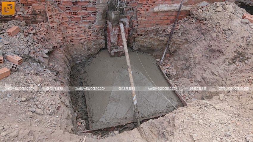 Thi công đổ bê tông móng đơn Biệt thự kiểu Nhật - ảnh 1