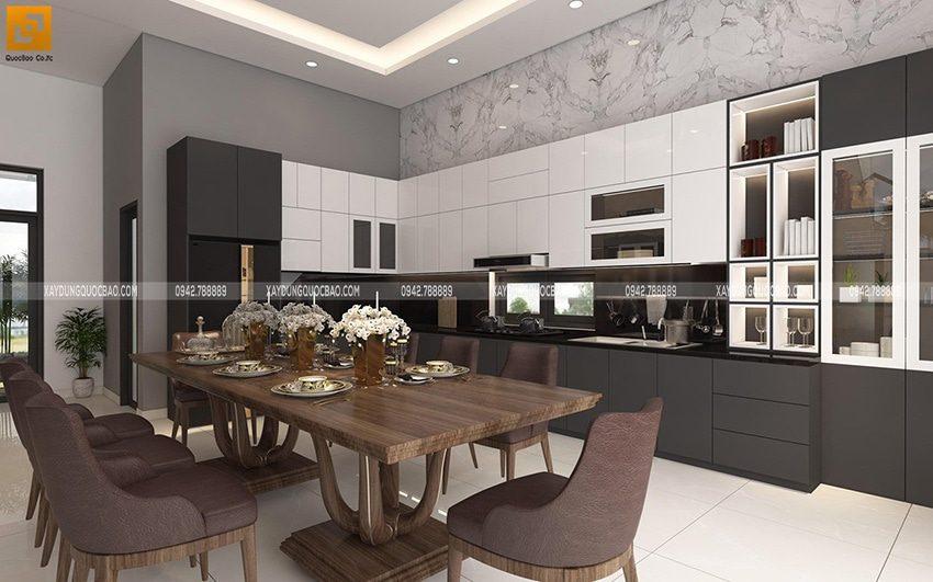 Phía trên khu vực bếp là một tủ kệ bếp rất rộng, gia chủ có thể xếp đồ đạc thoải mái.