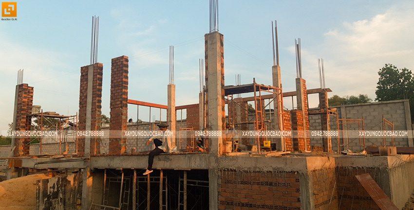 Thi công xây tường bao, tường ngăn lầu 1 - Ảnh 1