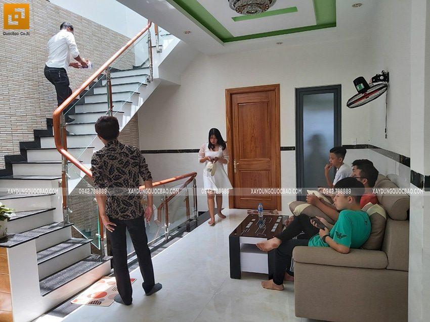 Bàn giao ngôi nhà 3 tầng của anh Tấn tại Biên Hòa, Đồng Nai - Ảnh 13