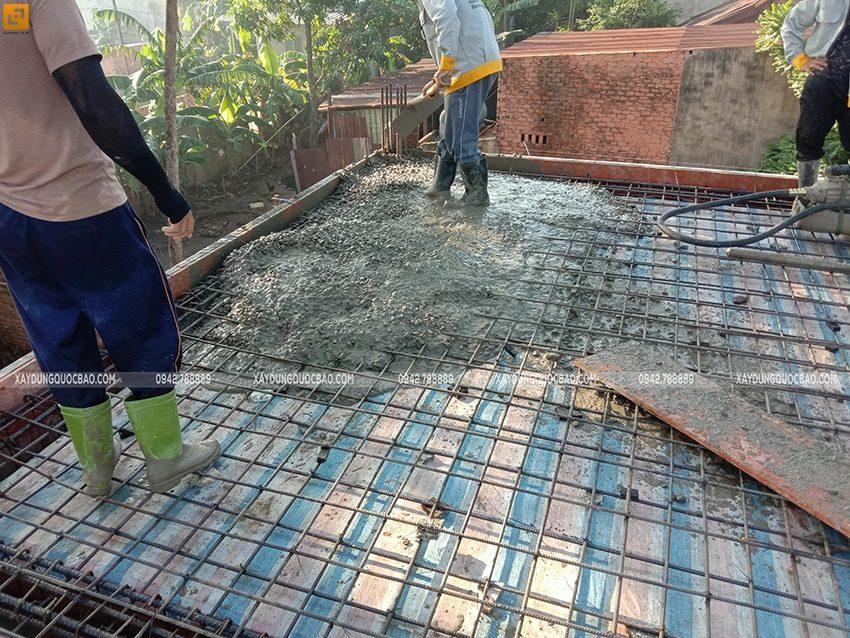 Công tác đổ bê tông dầm, sàn lầu 1 - Ảnh 2