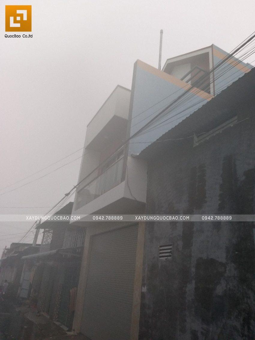 Mặt tiền ngôi nhà 3 tầng tại Vĩnh Cửu đã hoàn thiện - Phía sau