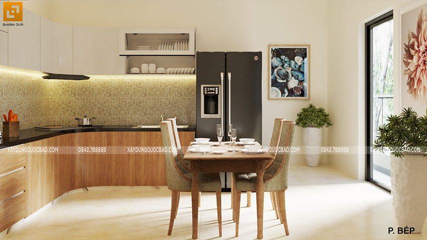 Khu vực nhà bếp bố trí cuối nhà với đầy đủ vật dụng cho người nội trợ như tủ lạnh, tủ kệ bếp, bếp âm,…