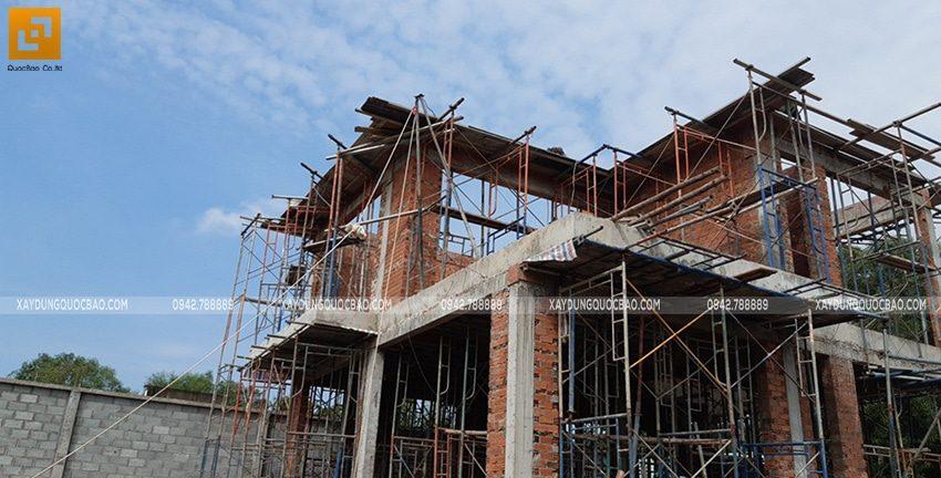 Thi công phần thô biệt thự 2 tầng tại Nhơn Trạch - Ảnh 1