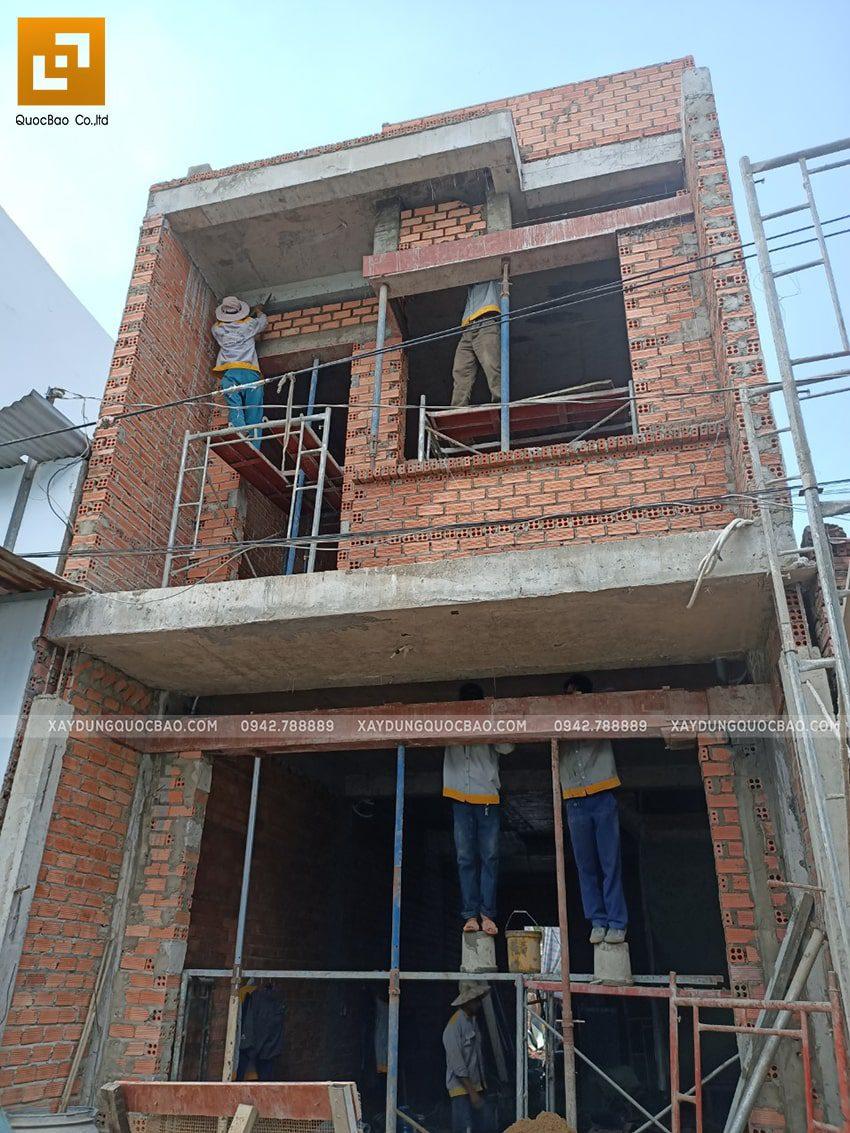 Thi công hoàn thiện nhà 3 tầng - Ảnh 1