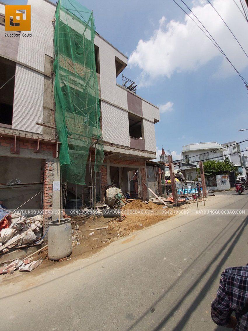 Thi công hoàn thiên nhà 3 tầng của chị Dung - Ảnh 2