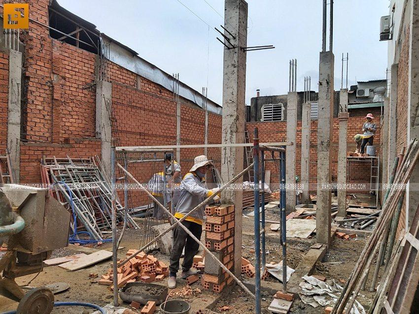 Thi công cột trụ tại tầng trệt - Ảnh 4