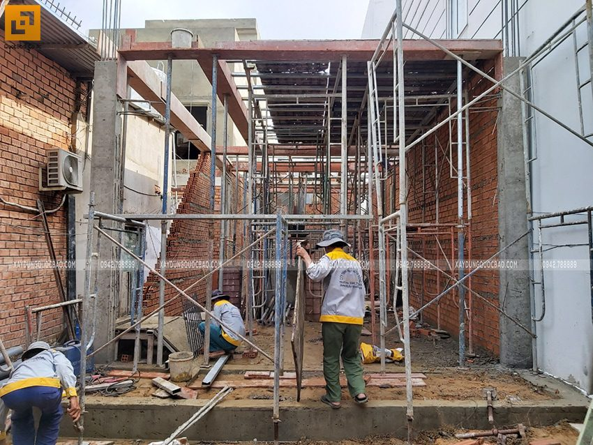 Thi công phần thô tầng trệt - Ảnh 3