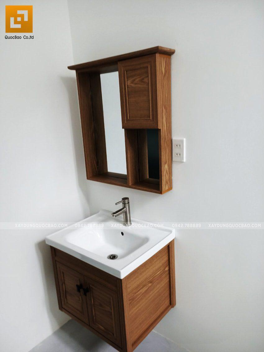 Bồn rửa tay lavabo bên ngoài phòng tắm