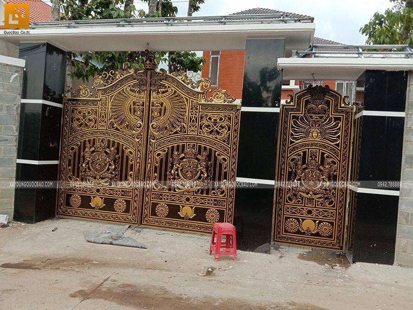 Thi công hoàn thiện cổng biệt thự - Ảnh 3