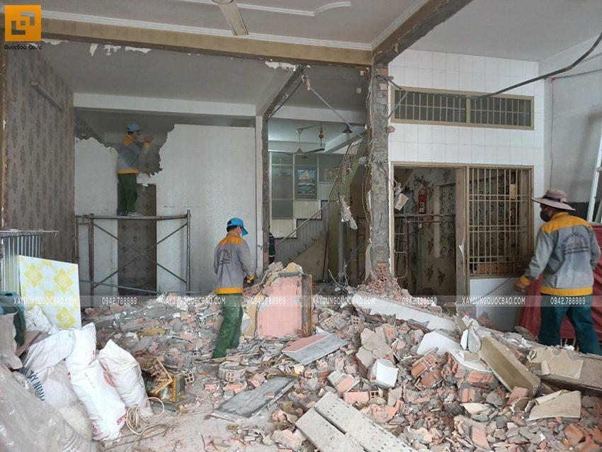 Công tác phá dỡ ngôi nhà hiện hữu - Ảnh 3