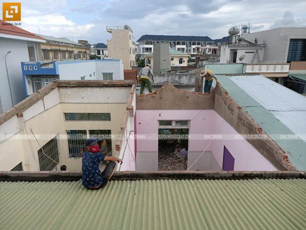 Công tác phá dỡ ngôi nhà hiện hữu - Ảnh 11