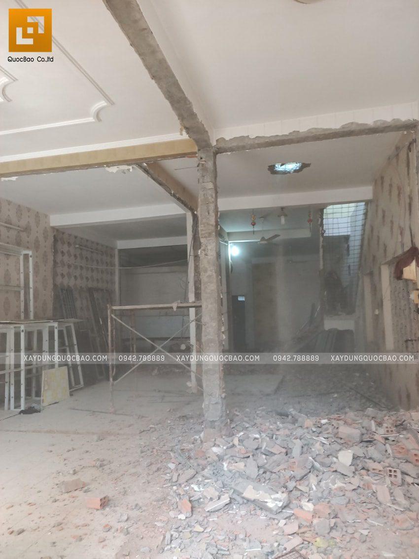 Công tác phá dỡ ngôi nhà hiện hữu - Ảnh 5