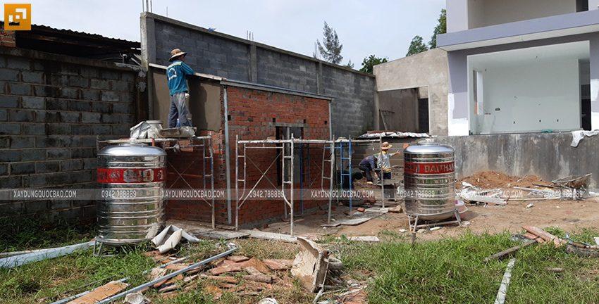 Thi công tường rào quanh khu đất - Ảnh 3