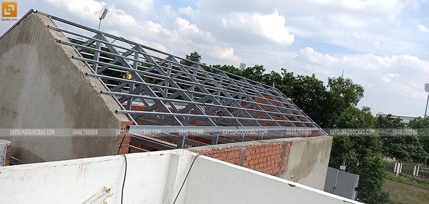 Thi công khung thép lợp mái ngói - Ảnh 3