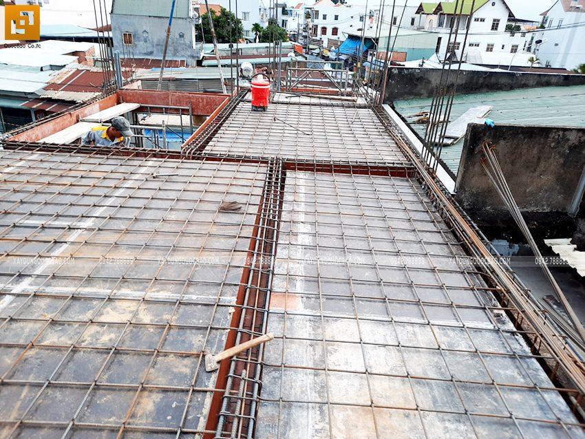 Công tác chuẩn bị đổ bê tông dầm, sàn lầu 2 - Ảnh 2