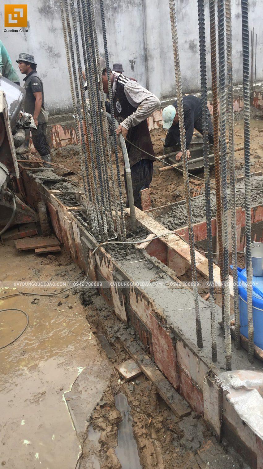 Đổ bê tông móng nhà 3 tầng