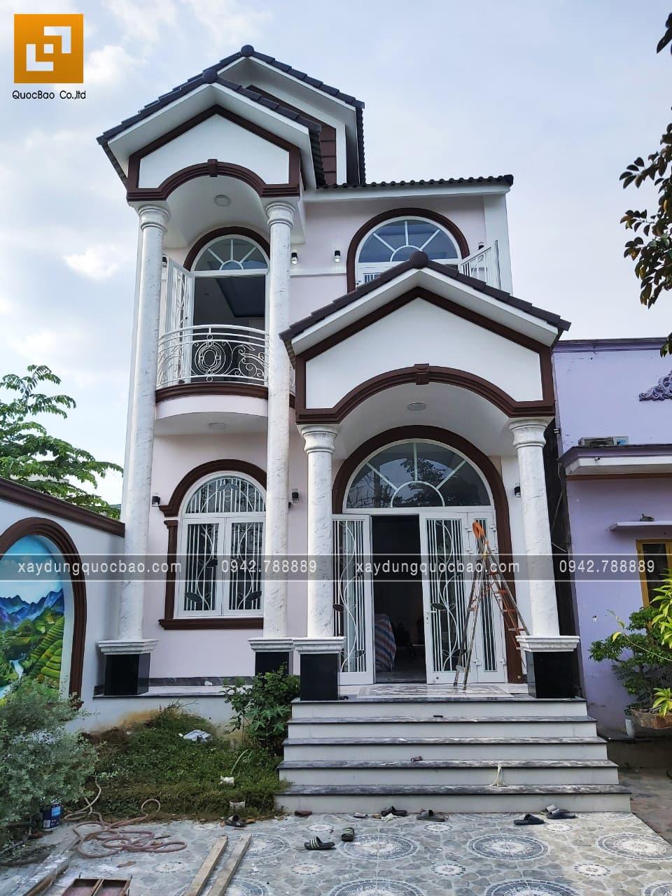 Biệt thự Tân cổ điển 2 tầng đẹp tại Biên Hòa của anh Tâm